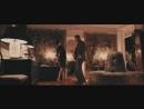 Раз-два танцует с бухгалтершей. Рок-н-рольщик.