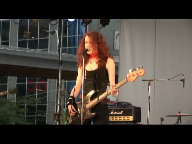 Melissa Auf der Maur @ Dundas Square performing Lightning is My Girl