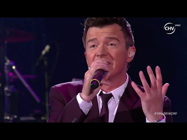 Rick Astley - Keep Singing Live Chile 2016