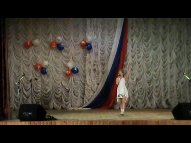 Песня Василисы исполняет Арина Тараканова 8 лет