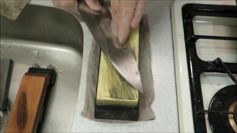Вручную оживить чрезвычайно ржавый японский кухонный нож стоимостью $ 500