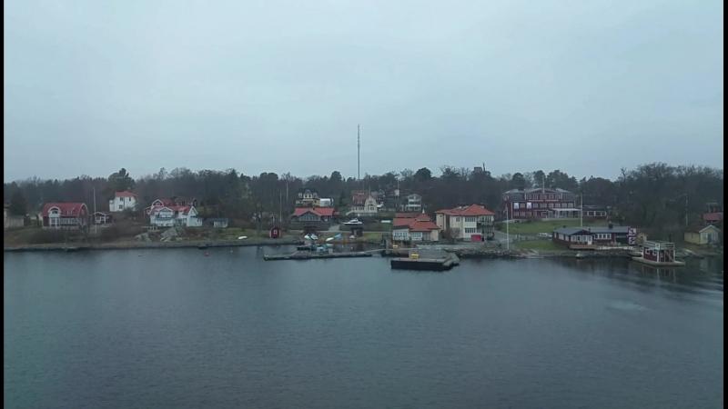 Проплывая остров Фурусунд, Стокгольмский архипелаг
