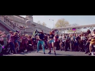 Nashe Si Chadh Gayi - Full Song - Befikre - Ranveer Singh - Vaani Kapoor - Arijit Singh.mp4