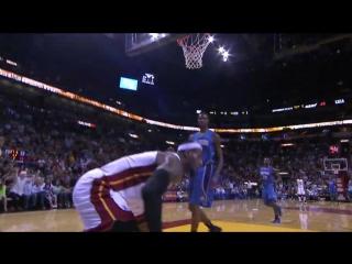 Michael Jordan, LeBron James, Kobe Bryant and the Best Dunks from the NBA Preseason