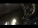 Под юбкой в метро