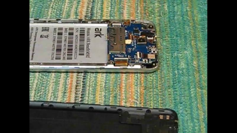 Ремонт Телефона ARK model Benefit M502. Замена семь деталей. Два конденсатора, два резистора. два диода шоттки, один транзистор