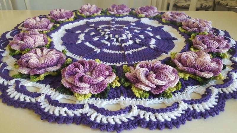 Centro de Mesa Ultra Violeta a Cor do Ano