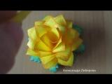 Розы из цветной бумаги.