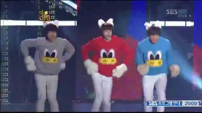 2PM - Bo Peep Bo Peep (T-ara cover). Уход со сцены был фееричен))