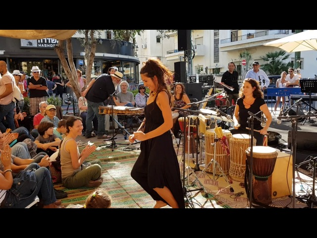 MALAIKA TRIO - PERCUSSIONS AND DANCE (1)