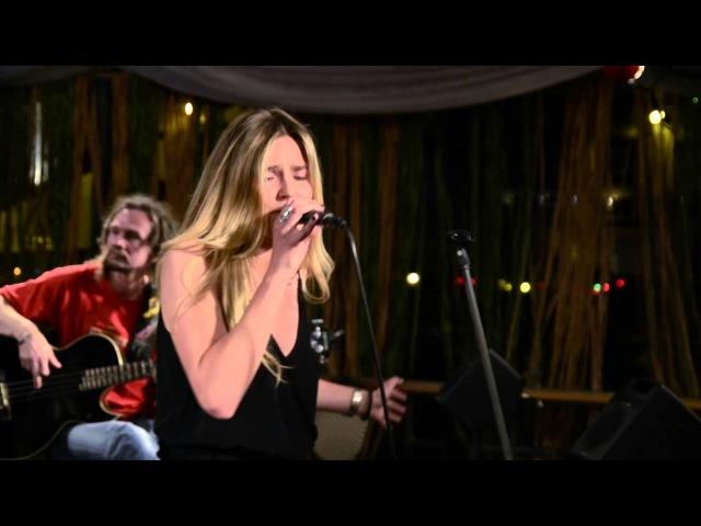 Riga Bisquits feat. Anastasia - Ni Oui Ni Non cover live