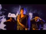 Queen Latifah - Ladies First (feat. Monie Love)