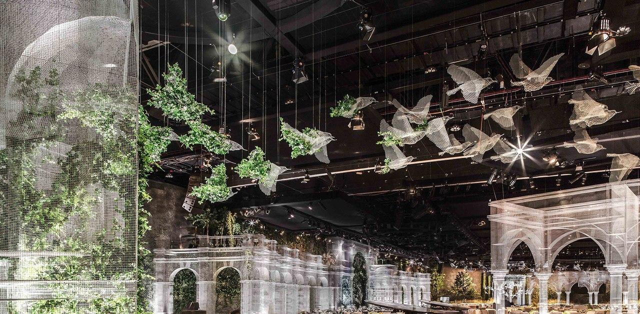 Impressive Wire Mesh Structure by Edoardo Tresoldi