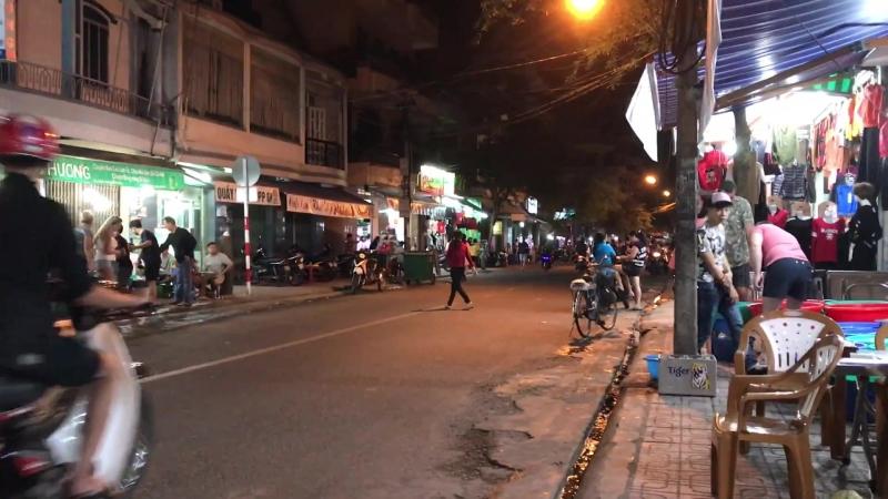Ночная жизнь в Нячанге
