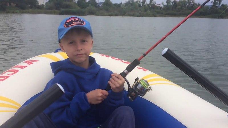 Хлопчик зловив рибу на ZipBaits Orbit 110 Sp | Перша щука Макса