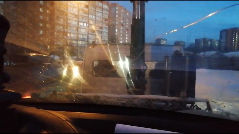 Коллекторы увезли на эвакуаторе машину вместе с дочкой должника в Одинцове - Подмосковье 2018 г.