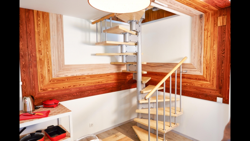 Фазенда винтовая лестница
