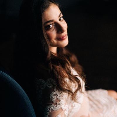 Элина Варданян