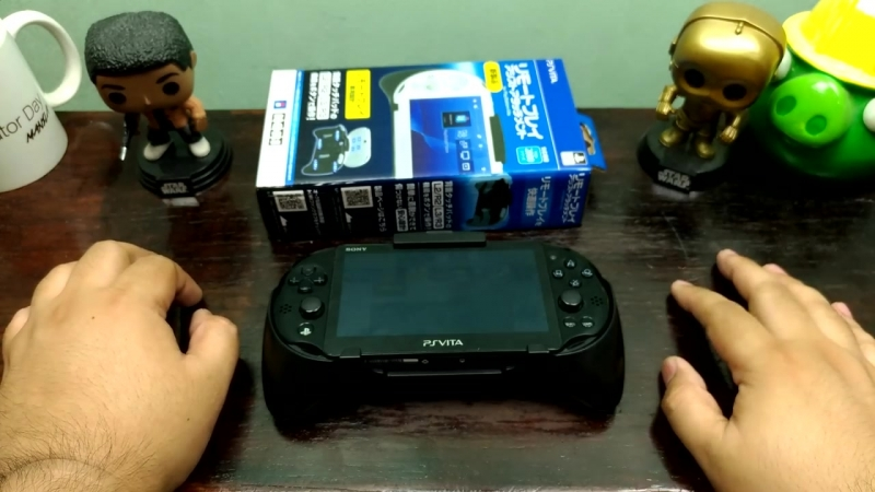 PS Vita Hori Remote Play Assistant Grip With L2/R2 L3/R3