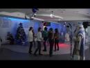 Танцы и конкурсы с Дедом Морозом
