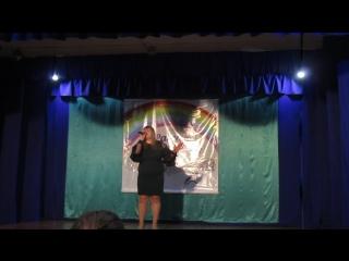 MVI_7372 Кристина Адилова с песней на фестивале