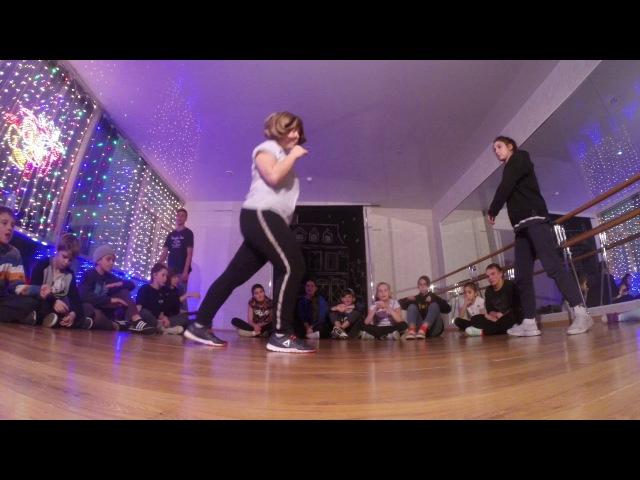 Hip hop advanced   1 круг Настя vs Ира   Новый год в Double Dance