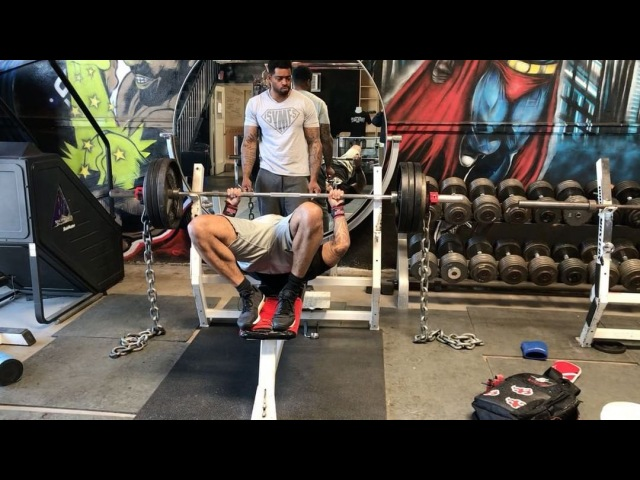"""The Official C.T. Fletcher on Instagram: """"@supermanjr95 WITH 400 ON THE BAR. LIKE FATHER,LIKE SON. ISYMFS IRONADDICT FUCKEXCUSES SUPERMA..."""