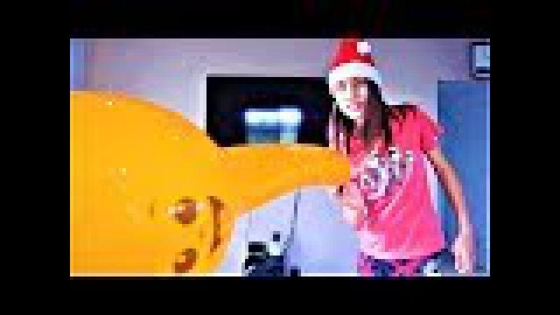 Santa Pops Pink and Yellow Emoji Balloons with Orange Animal Balloons