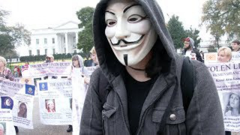 DC Million Mask March Confronts Anti-Illegal Immigration Activists