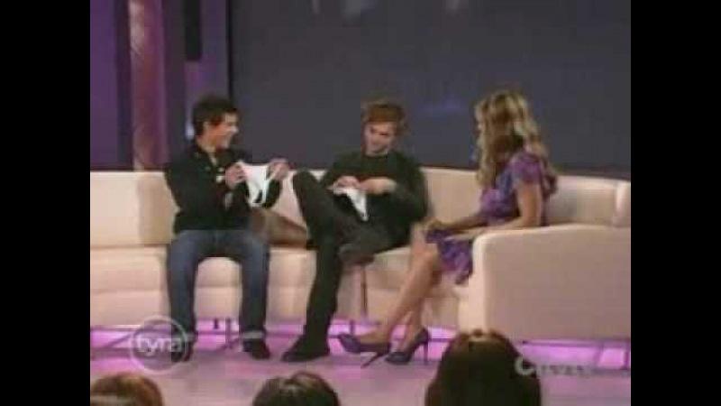Robert Pattinson Taylor Lautner 1 Tyra Banks Show