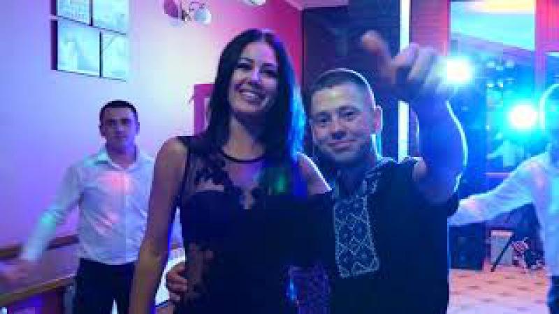 Музичний дарунок Назару від брата Олега та його дівчини співає А Івашина