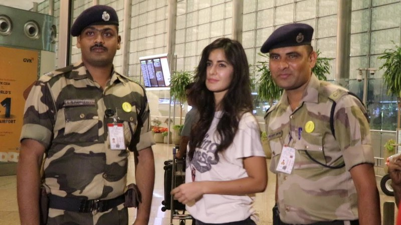 Katrina Kaif Poses With Army Jawan At Airport, Sweet Gesture By Katrina