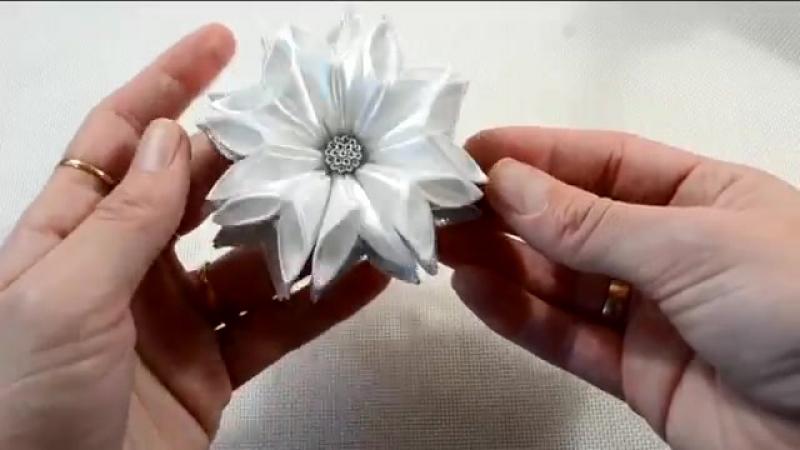 🎄Зимние цветочки-снежинки_Новый лепесток🎀_Snowflake_Зефирки из ленты 2.5см_Tut