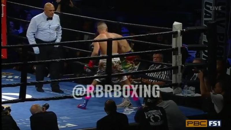 Нокдаун: Джон Молина - Иван Редкач   BoxingRoom
