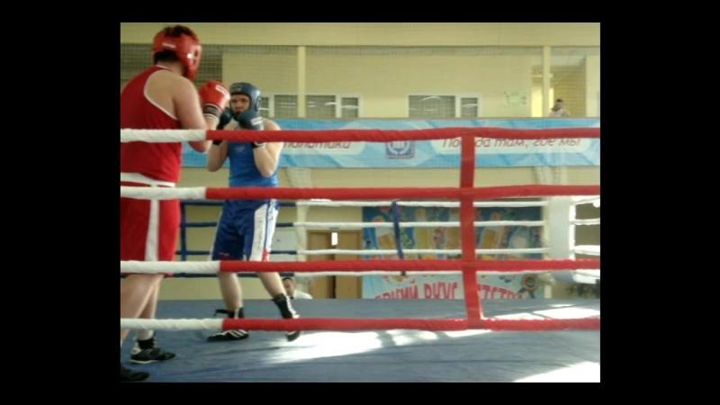 17-19 мая 2018 г. 2 раунд полуфинального боя Кусаимова А. на турнире, посвященном памяти Е.А. Дерягина. Вес свыше 80 кг.