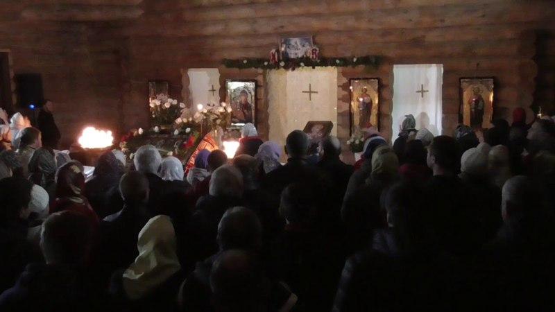 Пасхальное богослужение в Белобережской пустыни