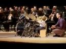 Un băieţel de 3 ani adus pe scenă pentru a interpreta împreună cu orchestra ui