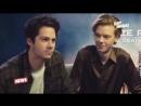 Дилан и Томас говорят по Русски