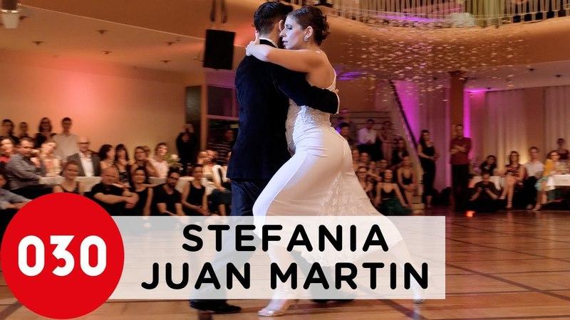Juan Martin Carrara and Stefania Colina – Que nunca me falte
