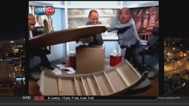 Inside The NBA_ Chuck and Shaq laugh uncontrollably over Rockets-Clippers fight