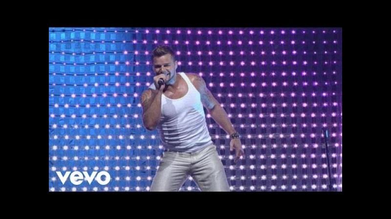 Ricky Martin - Drop It on Me / Lola, Lola / La Bomba Medley