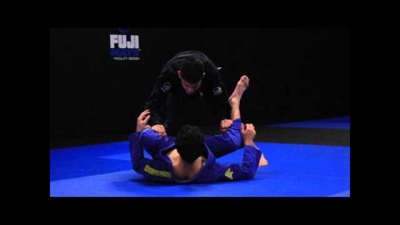 Long Step pass vs. De La Riva guard