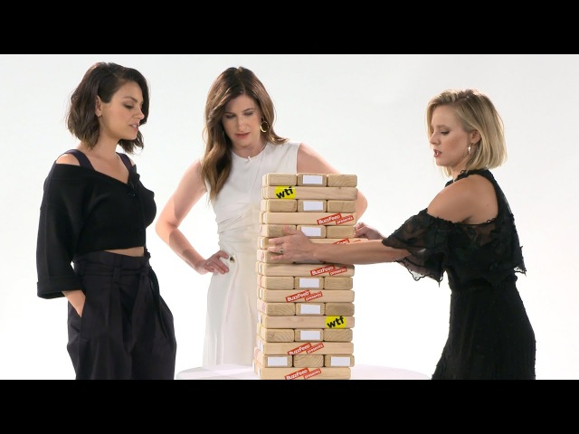 Kristen Bell The Cast Of A Bad Moms Christmas Play Truth Or Dare Jenga