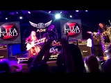 Ozzy joins Lita Ford on stage to sing Close My Eyes Forever @ HRH, Wales - (10317) .. BRILLIANT!!!