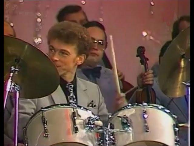 Микола Гнатюк Танец на барабане фрагмент Песня 81