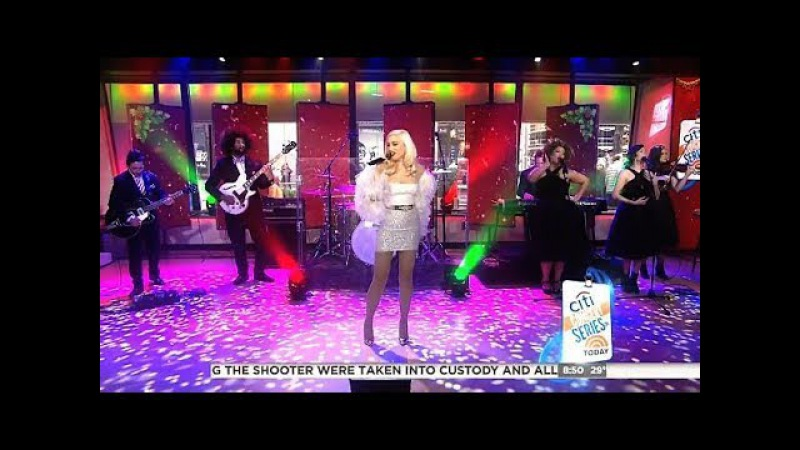 Gwen Stefani - Interview Performs Santa Baby - Today Show