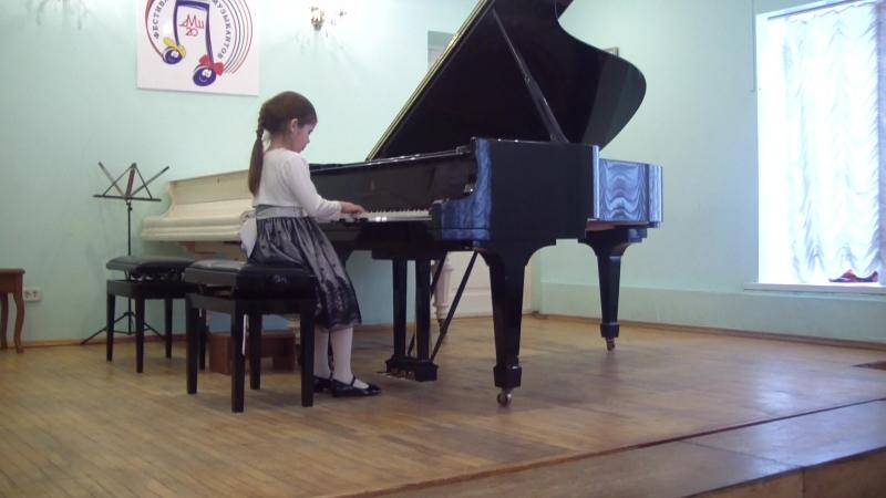 Пелагея 7 лет, 1-й класс фортепиано