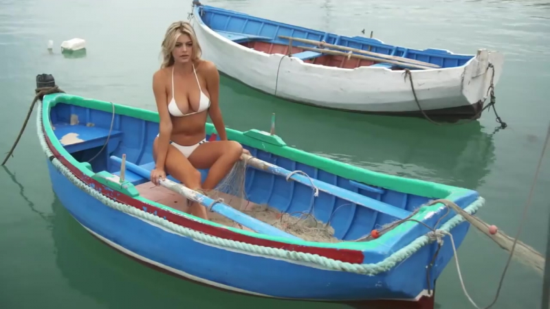 Kelly Rohrbach sexy Sports Illustrated Bikini