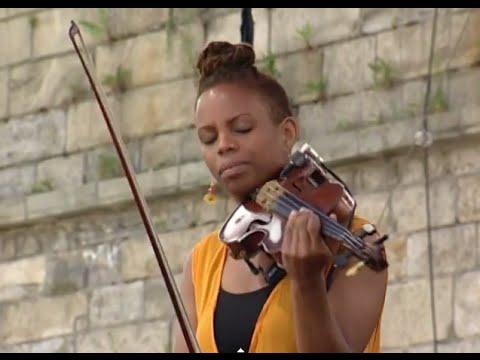 Regina Carter - Oh, Lady Be Good - 8/15/1998 - Newport Jazz Festival (Official)