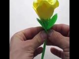 Делаем простые цветы из бумаги!